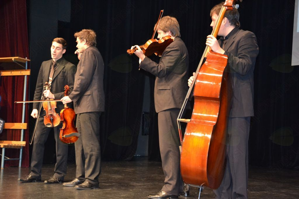 Kvazi godalni kvartet Podokničarji