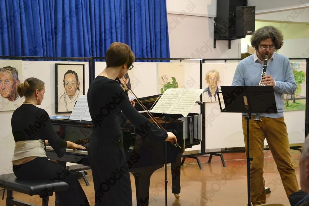 Glasbeni trio Clavimerata