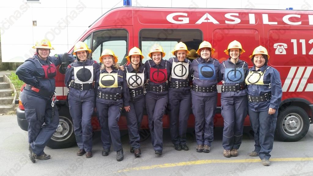 Odlični dvorski gasilci in gasilke