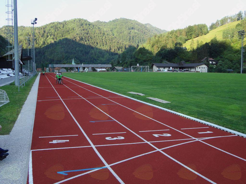 na 400 m