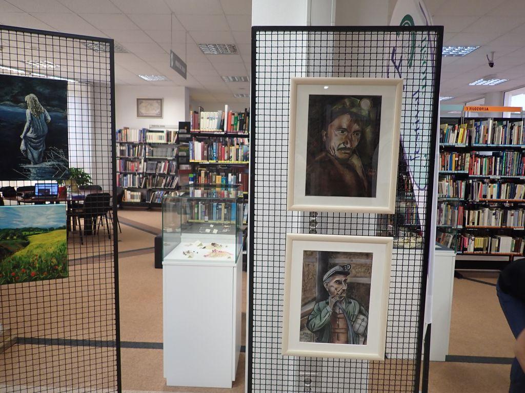 Otvoritev razstave slik Jožice Kamenik