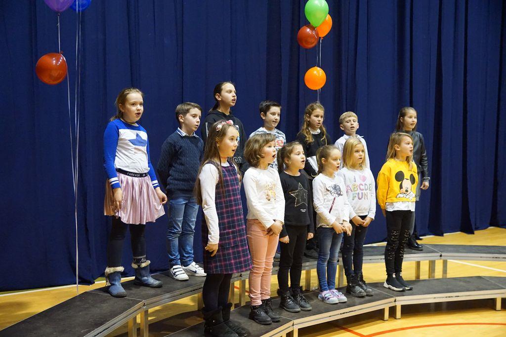 Otroški pevski zbor Podružnične OŠ Bilje