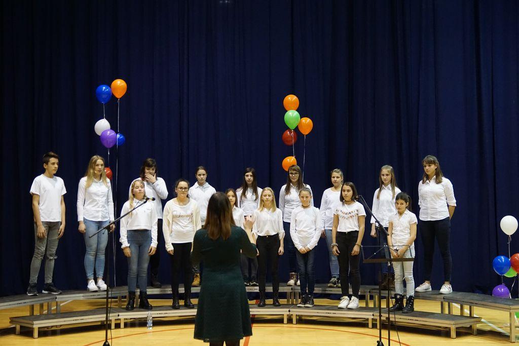 Mladinski pevski zbor OŠ Miren
