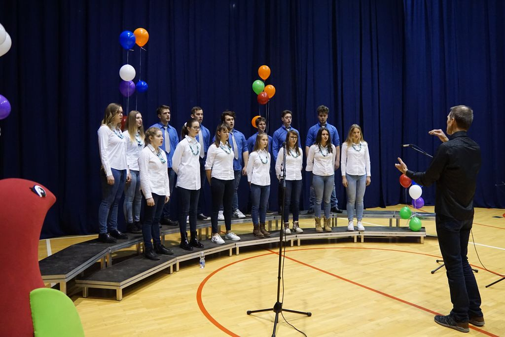 Mladinski pevski zbor KRAS Opatje selo