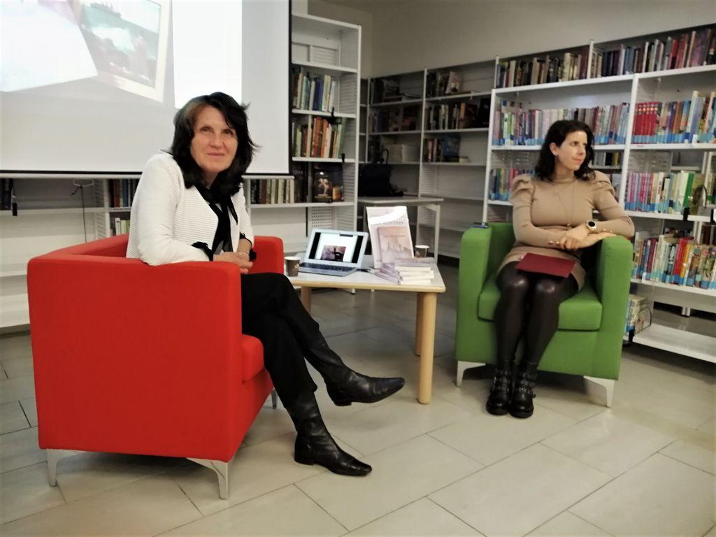 Les Slovènes – nova knjiga Darinke Kozinc