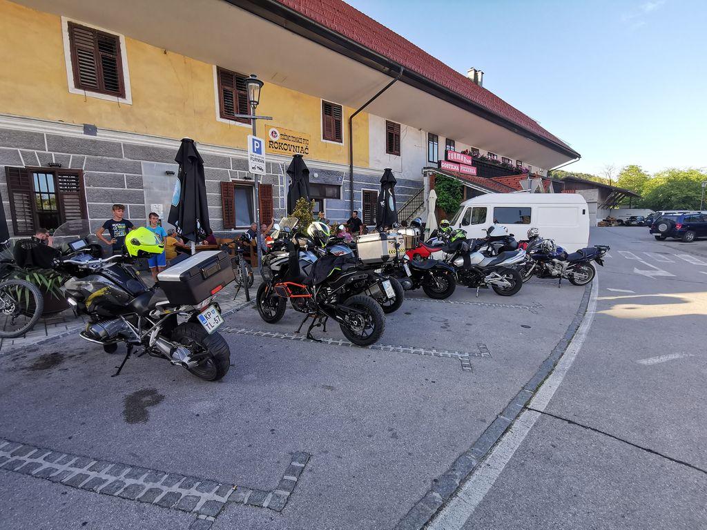 Nočna vožnja - zbor pred Furmanom v Lukovici
