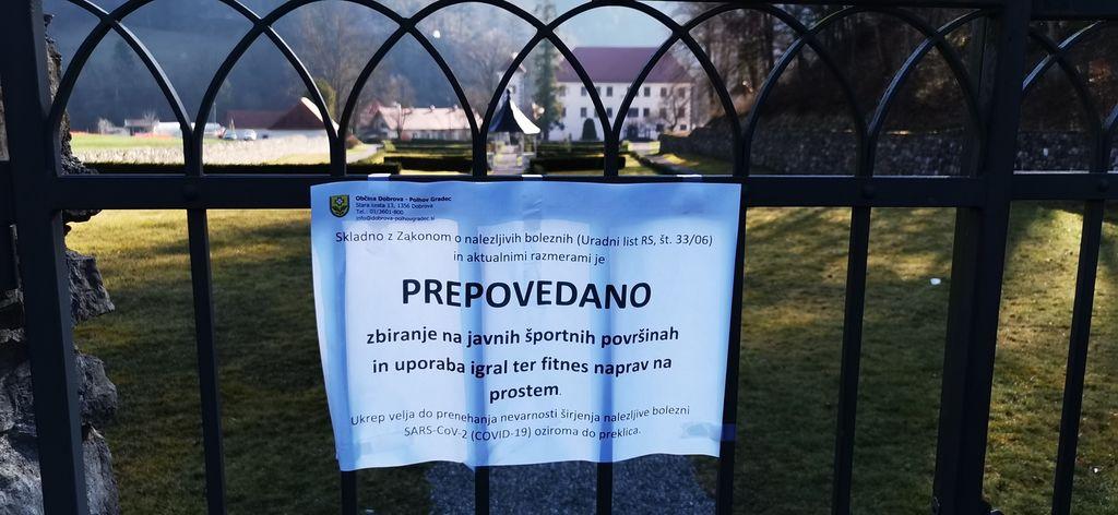 Tudi grajski park je zaprt