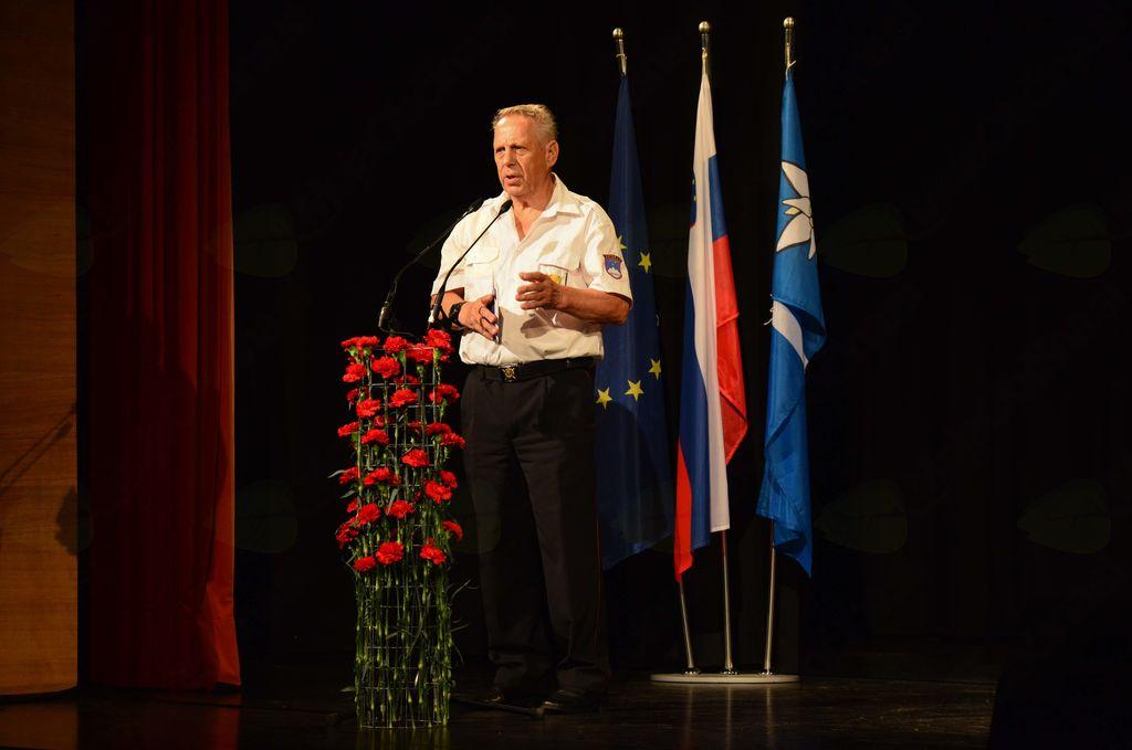 Predsednik OZVVS Gornje Posočje Metod Ciril Leban je spregovoril v imenu obeh veteranskih organizacij.