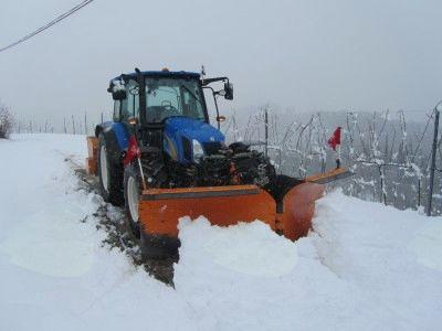 Zimska služba in seznam izvajalcev pluženja