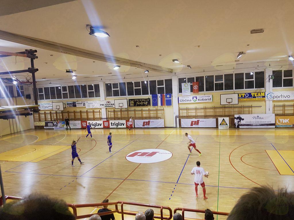 Športna dvorana Kobarid je odprta