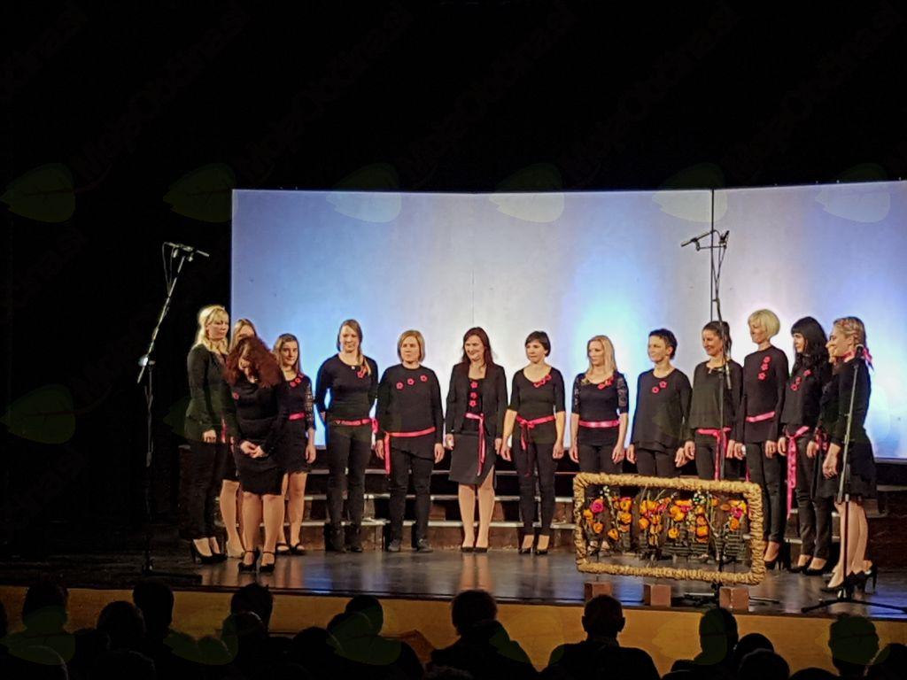 Vokalna skupina Gadičke.