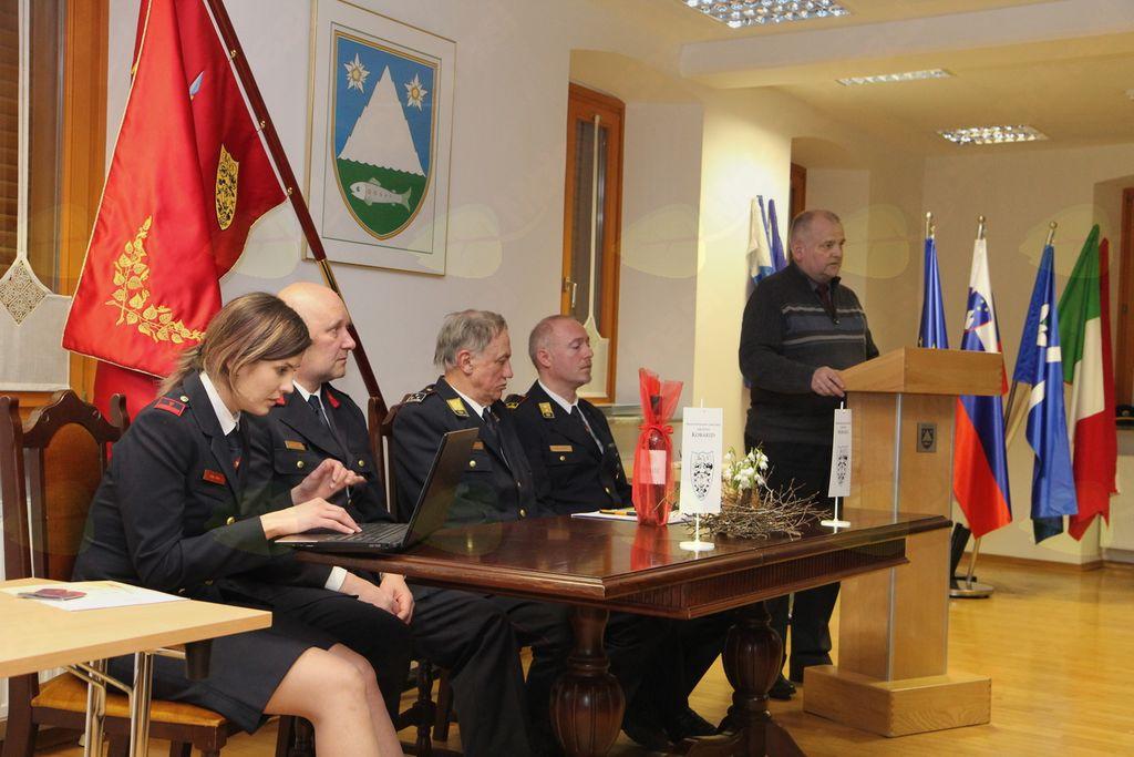 Prisotne je pozdravil in nagovoril župan Občine Kobarid Robert Kavčič. Foto: PGD Kobarid