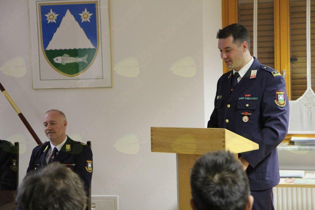 Poročilo preteklega leta je podal dosedanji poveljnik PGD Kobarid Andraž Mašera. Foto: PGD Kobarid