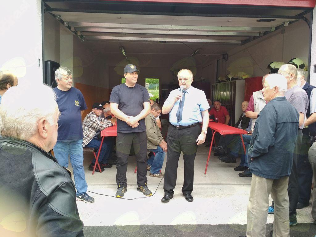 Zbrane je pozdravil in nagovoril župan Občine Kobarid Robert Kavčič. Foto: GZ Kobarid