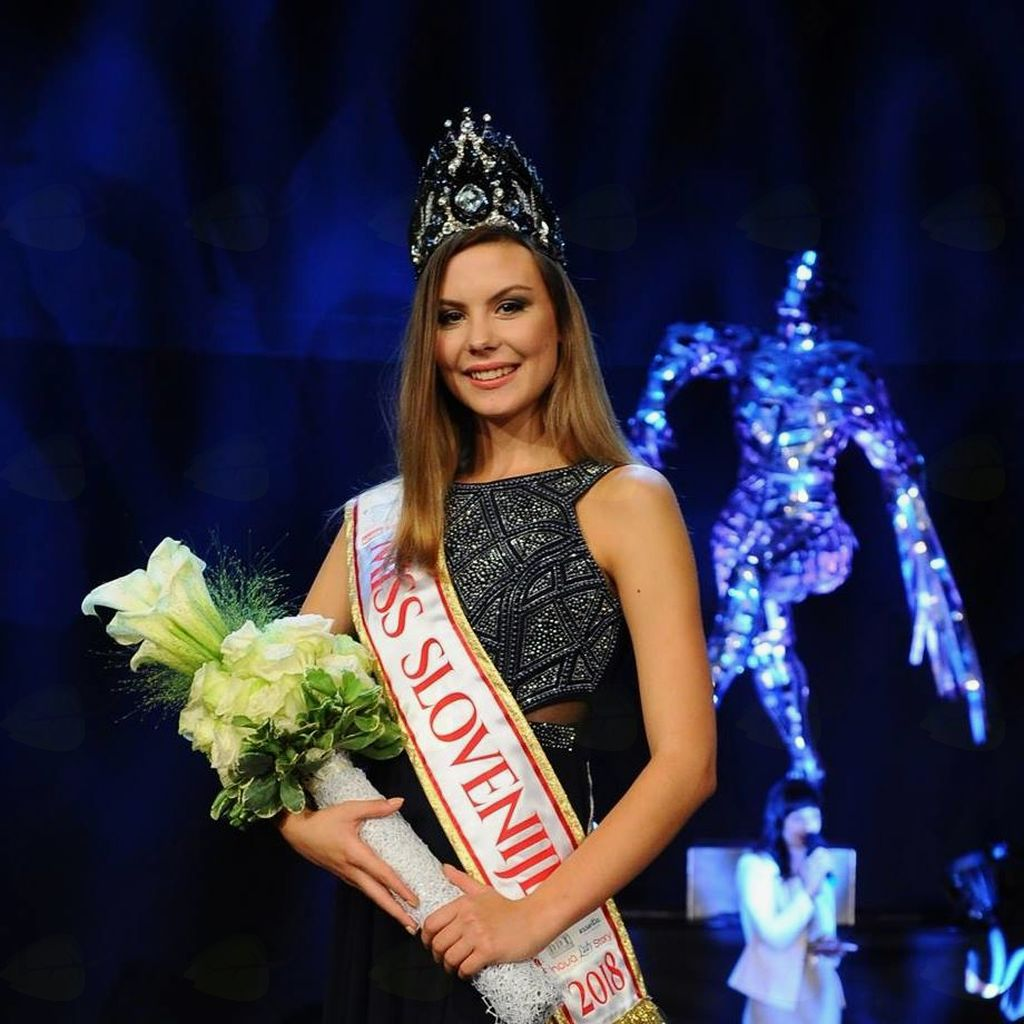★★★ ROAD TO MISS WORLD 2018 ★★★  - Page 4 2244_1536561237_41423829_2308786512481627_7988780028307439616_n