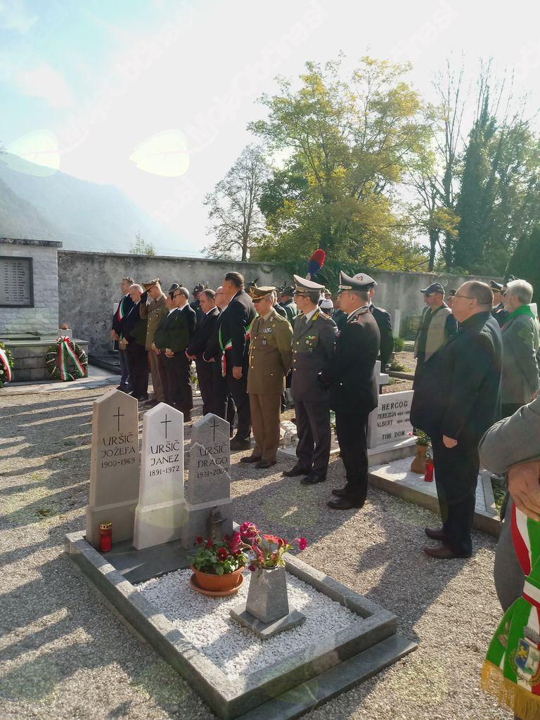 Tradicionalna spominska slovesnost pri kostnici nad Kobaridom