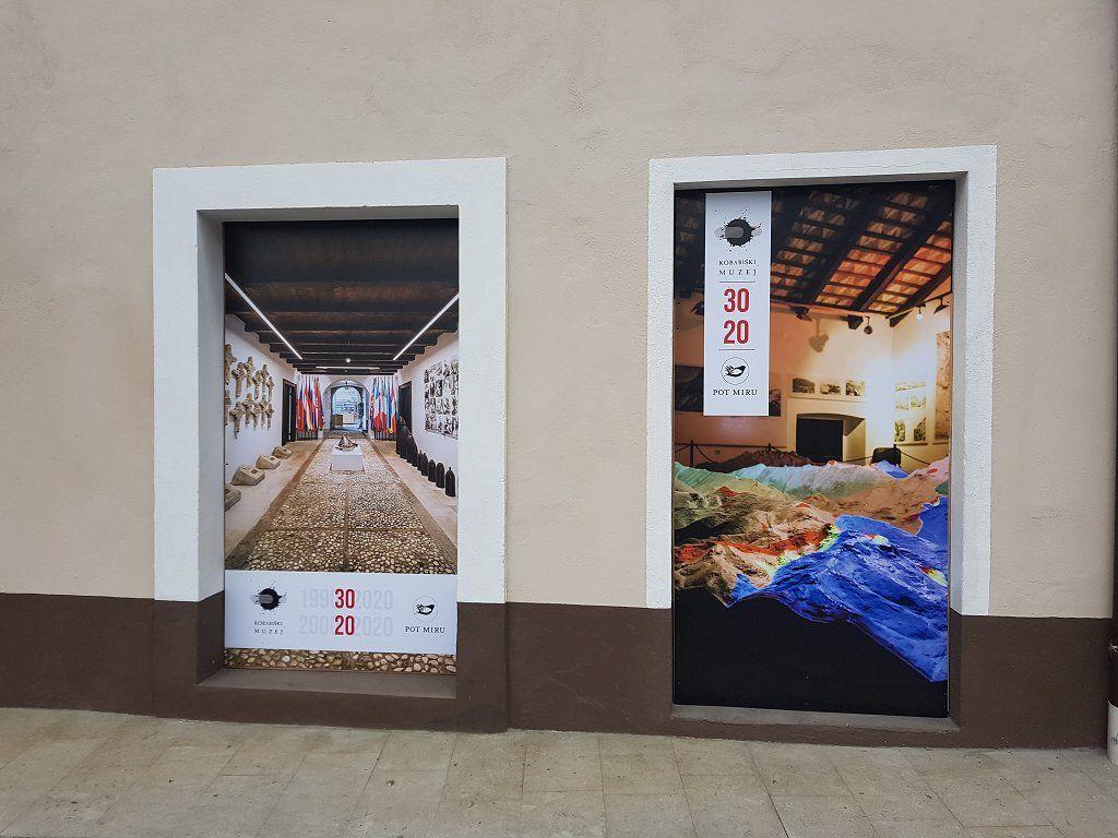 Muzej in fundacija sta v Gregorčičevi ulici v Kobaridu postavila del nove ulične razstave.