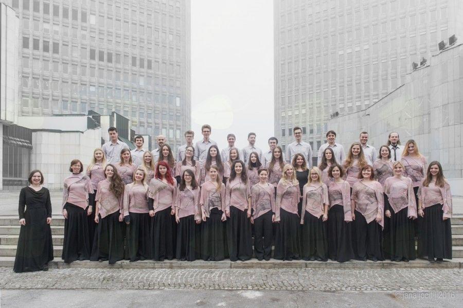 Koncert Akademskega pevskega zbora Tone Tomšič