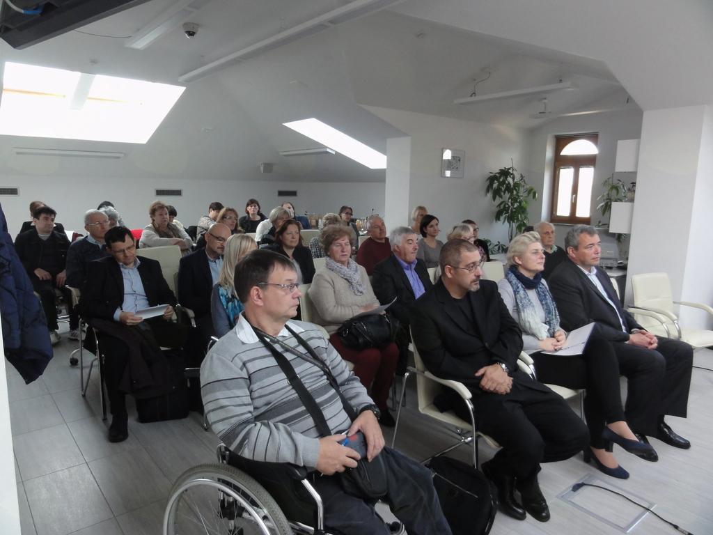 Udeleženci so z zanimanjem prisluhnili predstavitvam