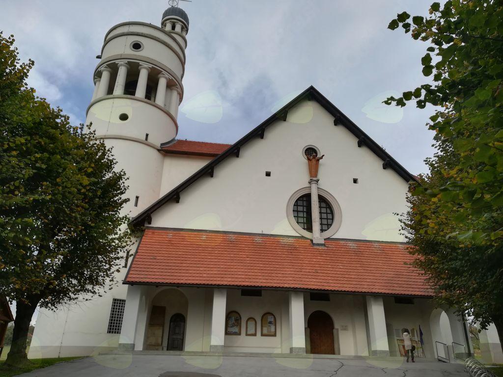 Bela golobica – cerkev Gospodovega vnebohoda v Bogojini