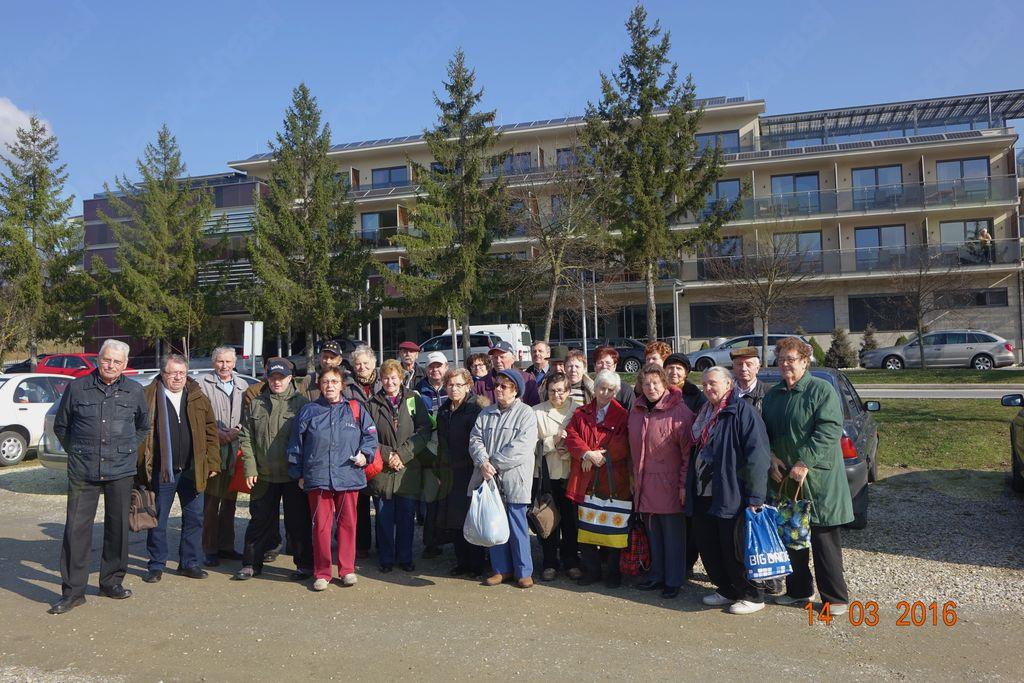 Še skupinska slika udeležencev zdravstvenopreventivnega druženja