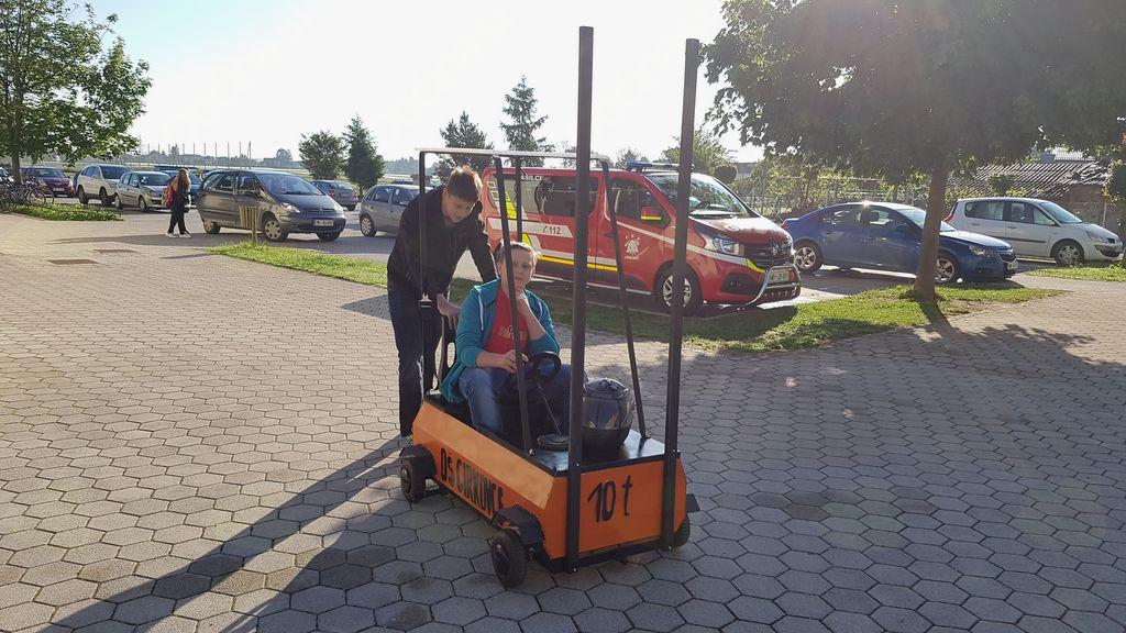 OŠ Cirkovce – izdelali ekstramobil viličar