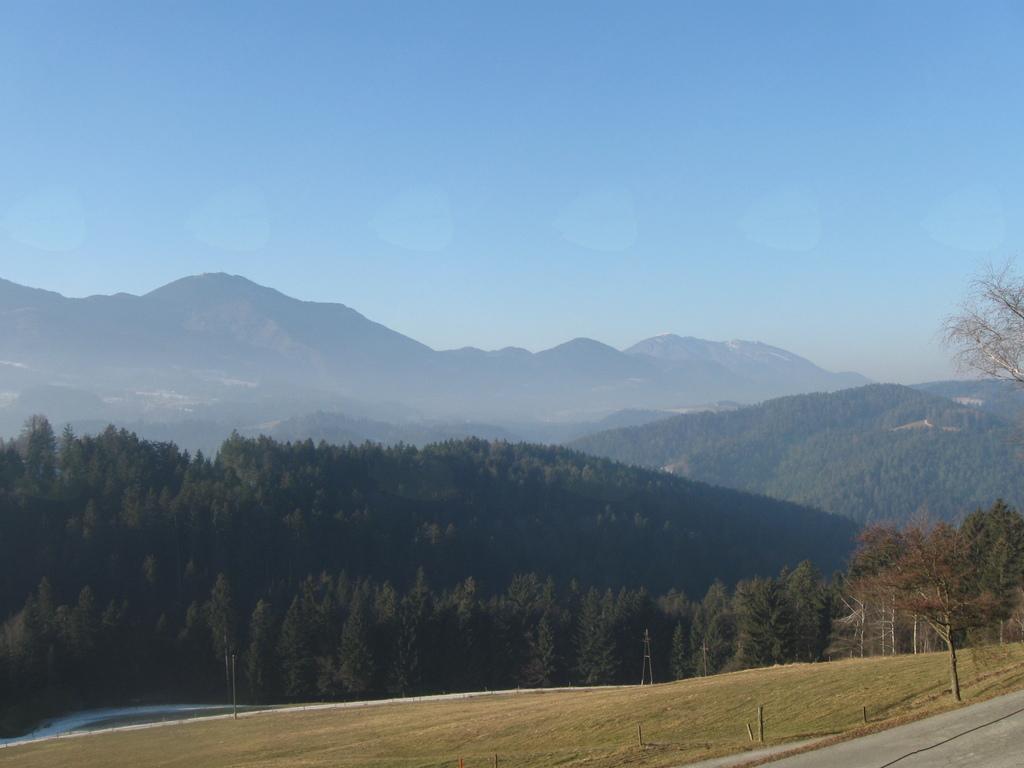 Lep pogled na pogorje Uršlje gore