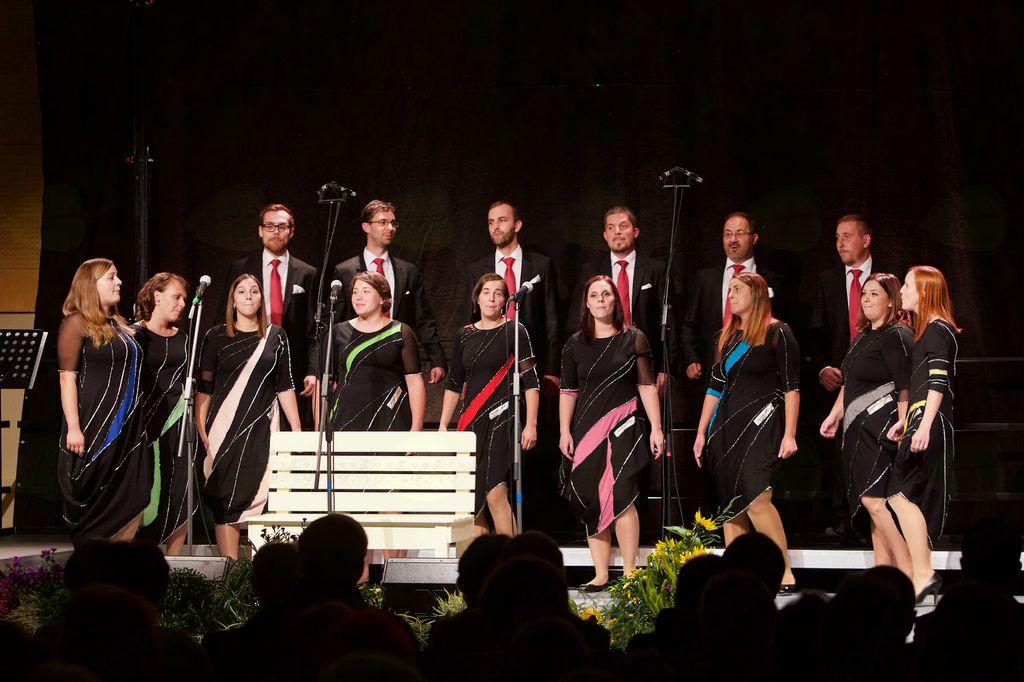 Vokalni skupini In spiritu in Kolorina