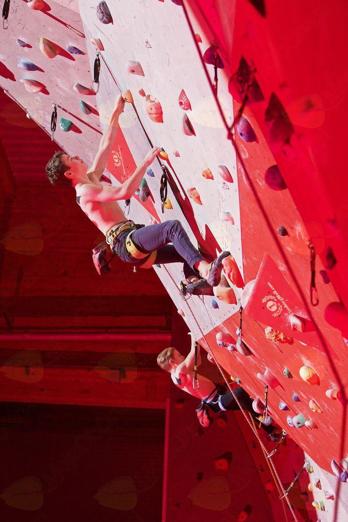 Plezalec Športnega društva Pajki