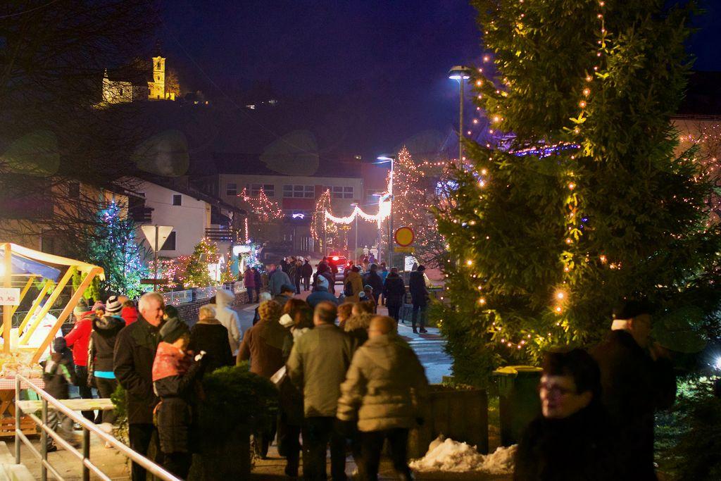 Božični Vojnik 2017/2018 je obiskalo 35.000 obiskovalcev.