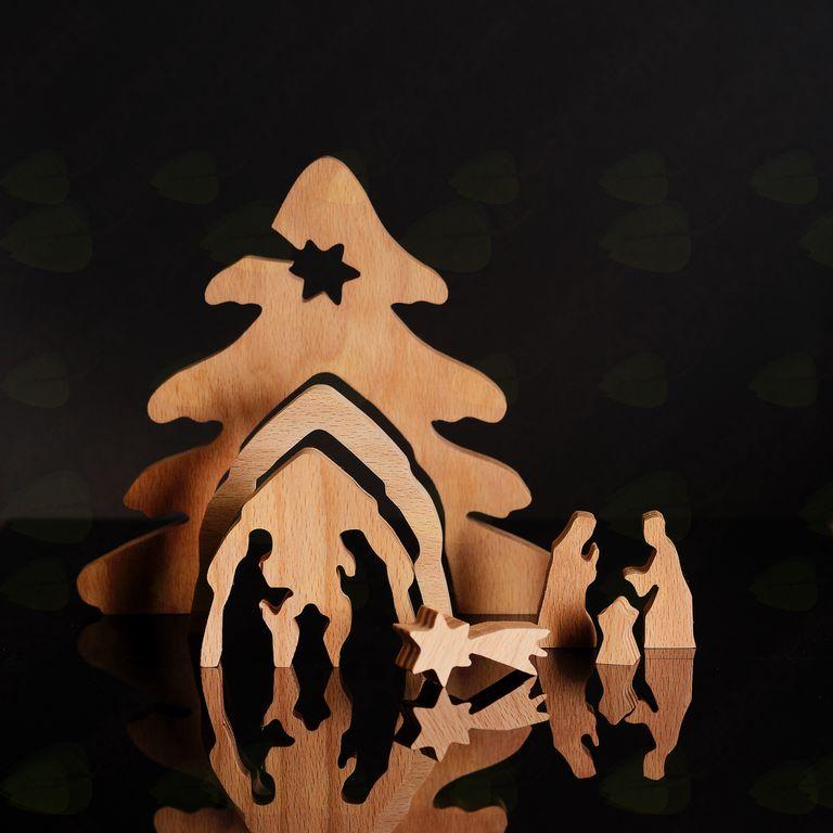 Lesene jaslice Boštjana Dolenca