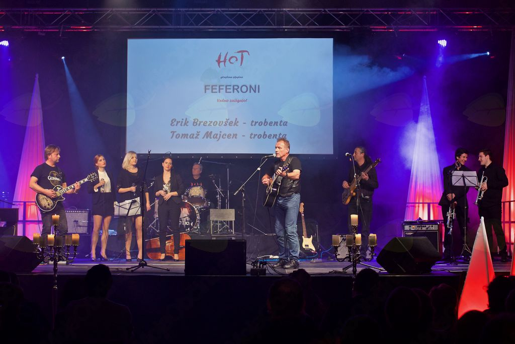 Skupina Feferoni na pop-rock koncertu