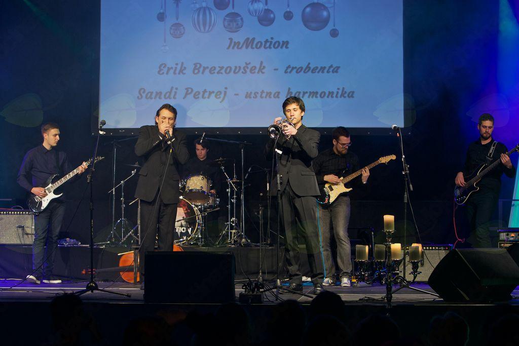 InMotion s Sandijem Petrejem in Erikom Brezovškom