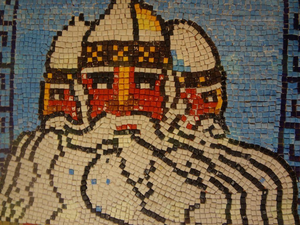 Slovanska mitologija - Triglav, mozaik, avtor: Aleksander Lavrenčič