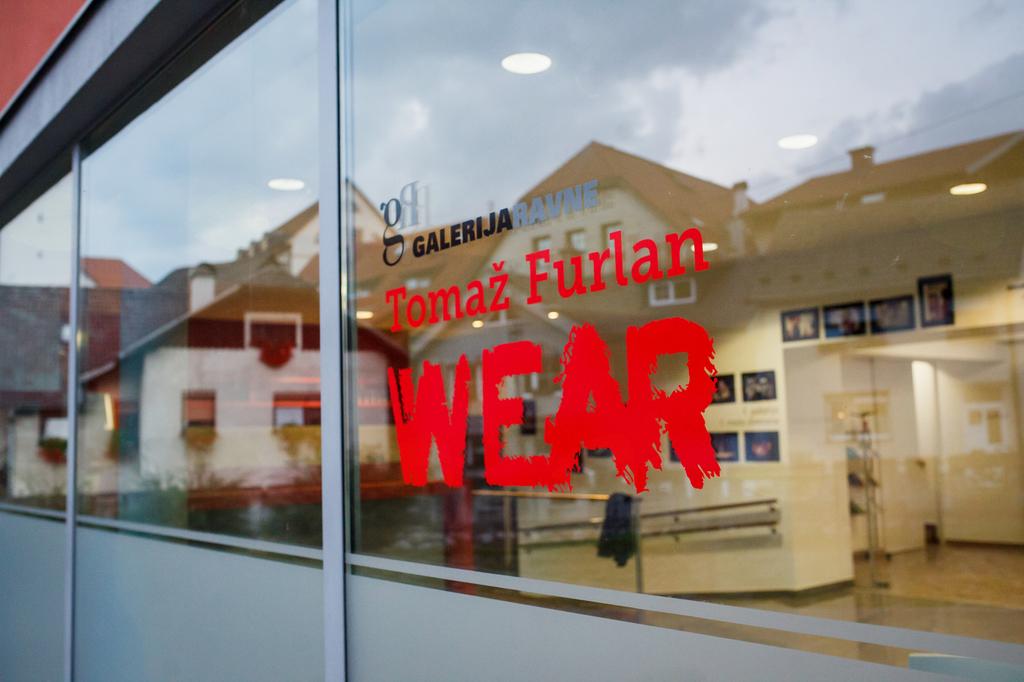 Tomaž Furlan: WEAR