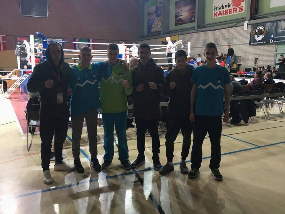 Nik Nikolov Veber drugi v boksu