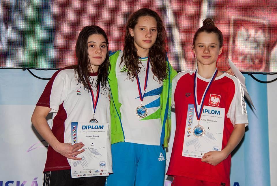 Sara Račnik najuspešnejša na deveteroboju na Slovaškem