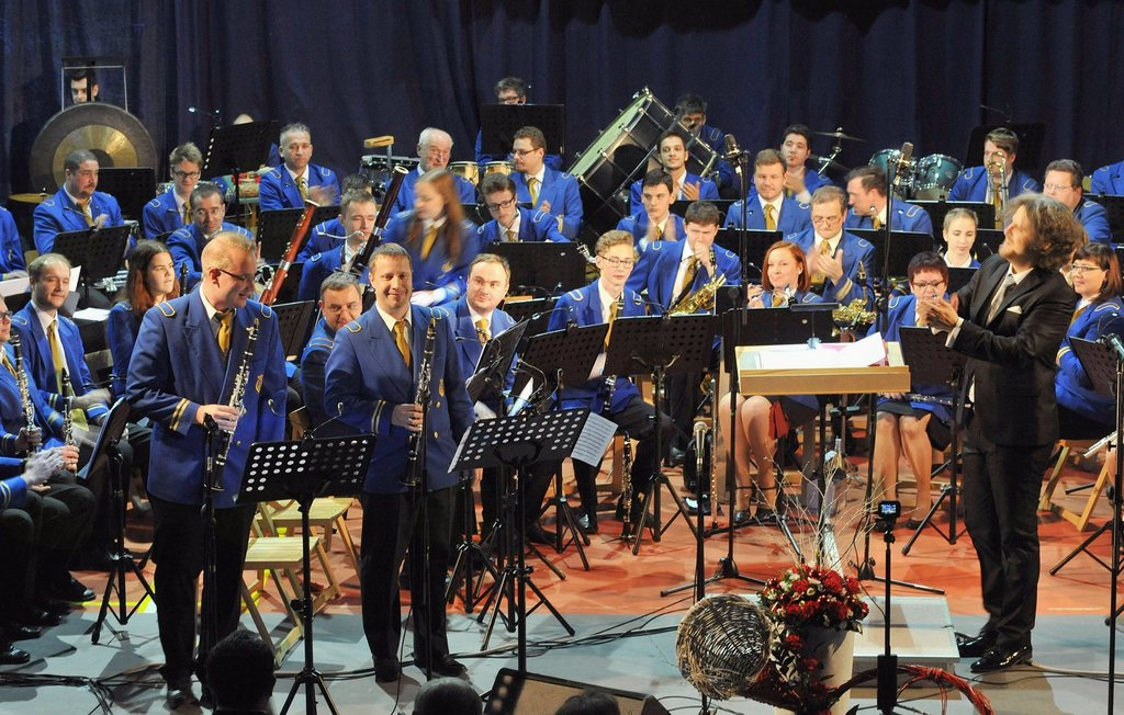 Božično-novoletni koncert Pihalnega orkestra železarjev Ravne