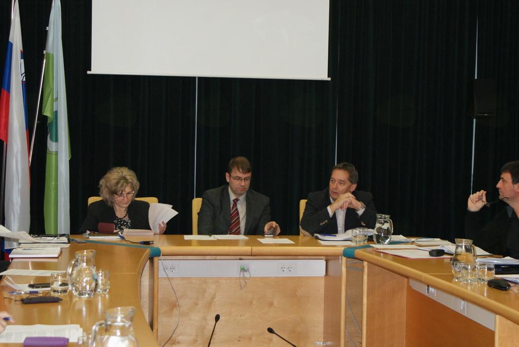 IZJAVA udeležencev sestanka o razmerah na koroških cestah