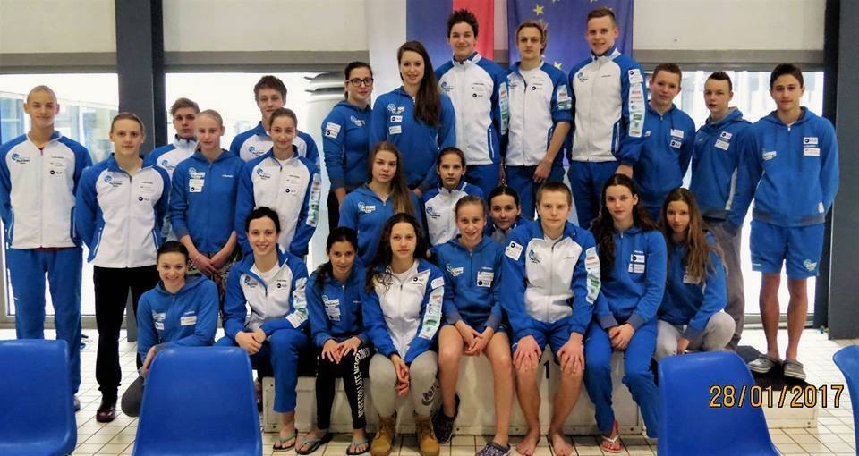 Zadnji dan združenega prvenstva Slovenije v plavanju v Mariboru nov rekord Ravenčanov