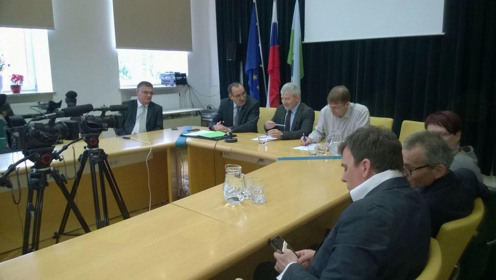 Delovni obisk predstavnikov direkcije – ministrstva za infrastrukturo in DRSC v Mežiški dolini