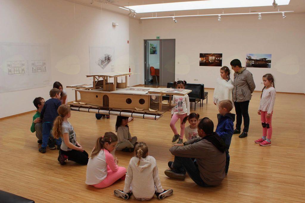 Bernekerjeve ustvarjalnice v Galeriji Ravne