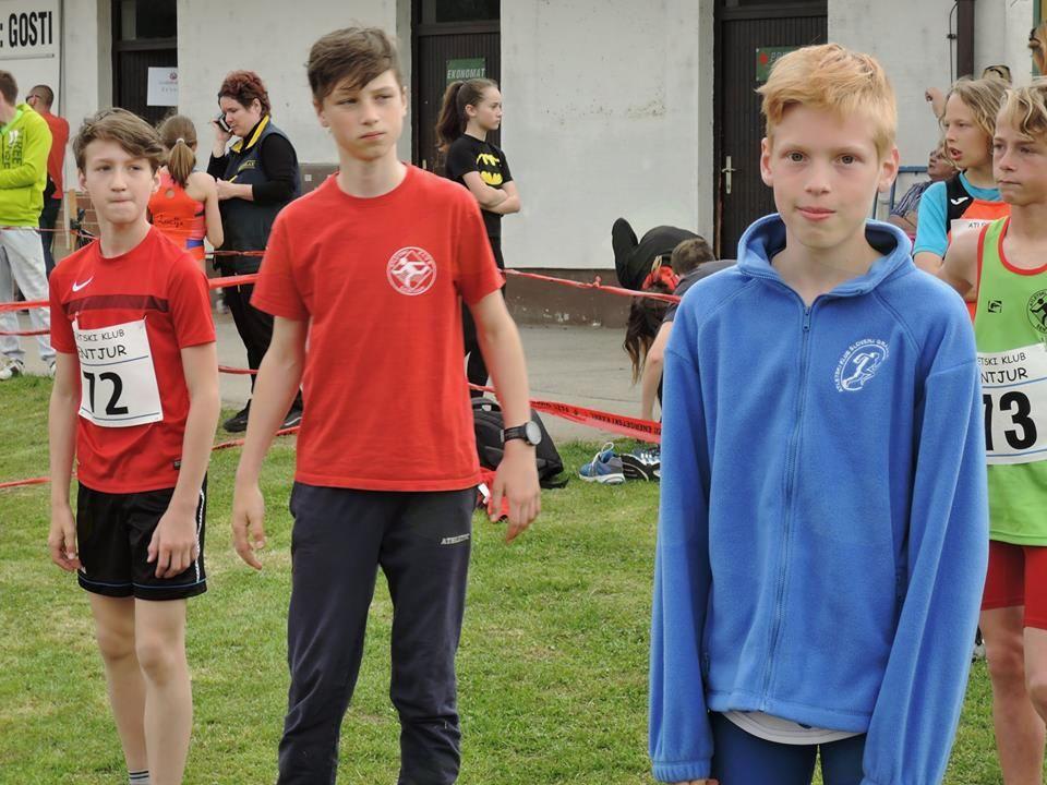 Uspešen nastop atletov Koroškega atletskega kluba na atletskem mitingu V Šentjurju
