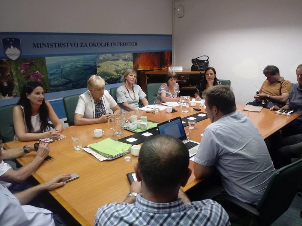 Sestanek na Ministrstvu za okolje in prostor pokazal nove ovire za izgradnjo koroške hitre ceste