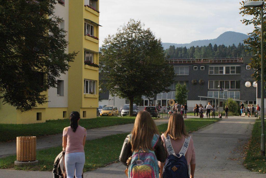Varna pot v šolo in domov