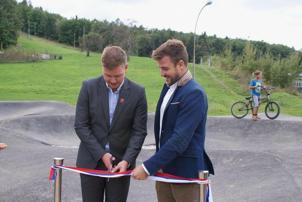 Otvoritev grbinastega /pumptrack/ poligona za kolesarje