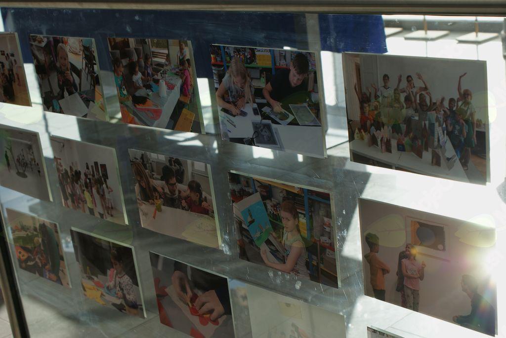 Razstava otroških likovnih del: Mali koraki na veliki poti