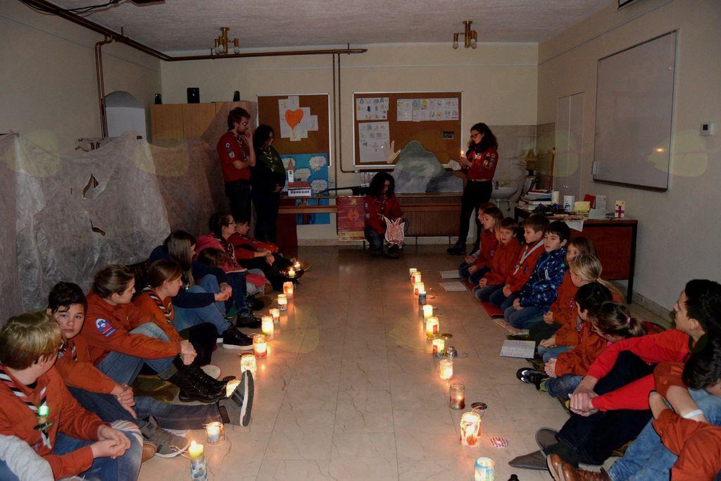 Skavti prinesli betlehemsko luč na občino