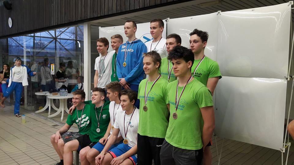 Nova državna rekorda Slovenije pri ravenskih plavalcih