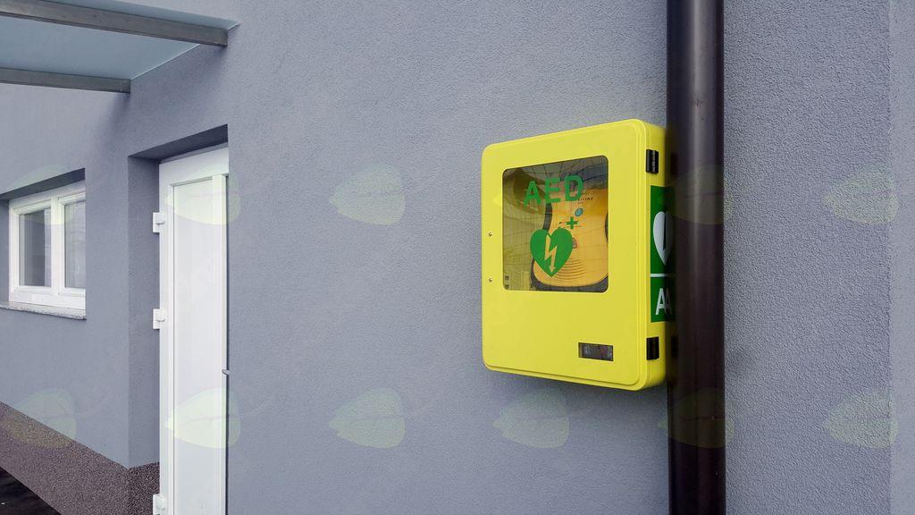 Prvi defibrilator na Primskovem!